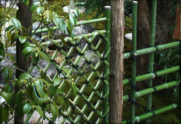 枝折(しおり)戸