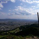船山の一番上の火床から京都市内を望む